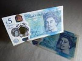 bank of england sticks with animal-fat cash