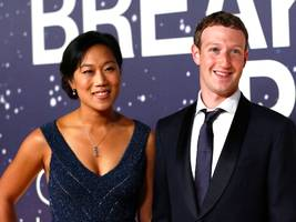 A distraught Mark Zuckerberg texted 'Everything is going really badly' before nearly cancelling Facebook's IPO (FB)