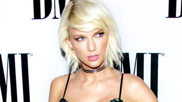 taylor swift takes stand at groping trial: 'it was a definite grab'