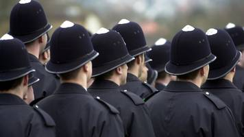 'children still at risk' from met police failings, report says