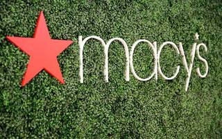 macy's sales fall for 10th quarter in a row