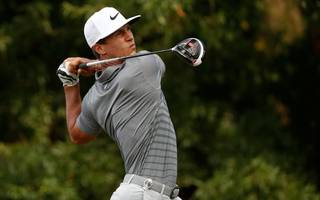 olesen in contention as us pga as mcilroy falters