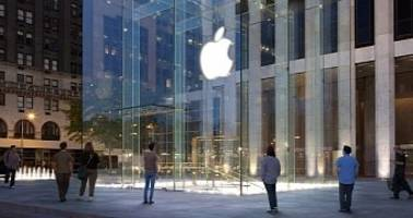 Apple Accused of Blocking Anti-Spam Filter Requesting SMS, Call Log Access