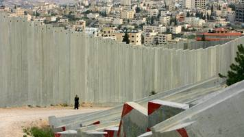 israel is literally going underground to keep hamas out