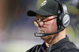 Vikings' Zimmer gaining respect with no-nonsense style