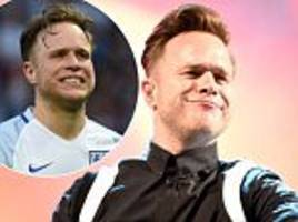 olly murs apologises over expletive-filled football rant