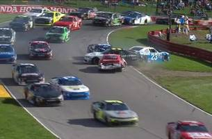 Aggressive racing triggers multi-car crash late at Mid-Ohio | 2017 NASCAR XFINITY SERIES