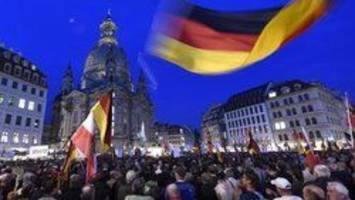 Drunk American tourist gives Nazi salute in Germany, gets beaten up
