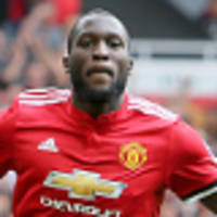 Lukaku double fires Man United to victory