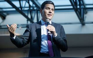 david miliband praises chancellor and calls for second vote on brexit