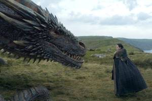 'Game of Thrones' Director on Jon Snow's Dragon Encounter, Daenerys' 'Growing Interest'