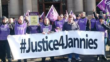 unison union agrees glasgow janitor pay deal