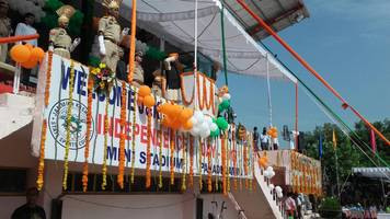 Independence day celebrations pass off peacefully in J&K