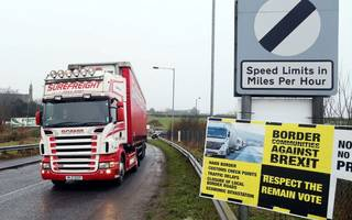 uk to call for transition to frictionless northern irish border post-brexit
