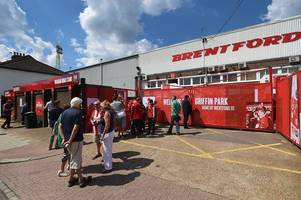 how bristol city fans travelling to brentford match at griffin park can avoid train chaos