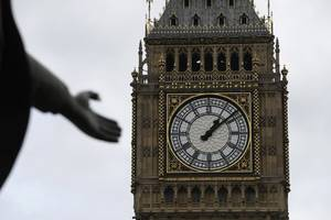 Parliament Members Criticize Decision To Silence Big Ben For Four Years