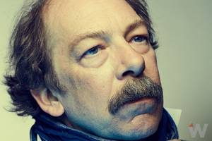'the night of' star bill camp on letting out 'the beast' in his dogged detective (video)