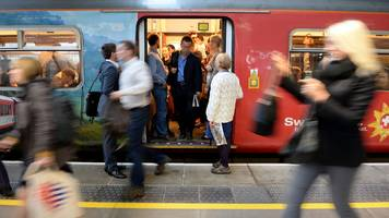 rail fares: commuters to pay £100 more in 2018
