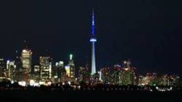 Fire atop CN Tower: Crews called for blaze in antenna mast, Toronto Fire says