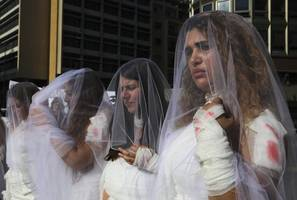 lebanese parliament abolishes 'marry the rapist' law