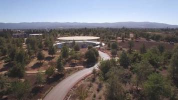 Apple's $5 billion 'spaceship' campus looks nearly finished a month before the next iPhone launches (AAPL)