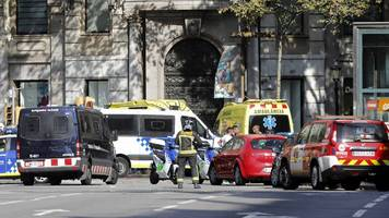 Barcelona attack: Theresa May says the UK stands with Spain