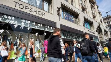 top shop bosses out of fashion in arcadia shake-up
