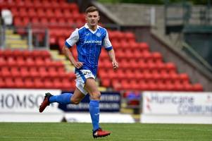 st johnstone striker callum hendry tipped to beat injuries and hit the big time - just like dad colin