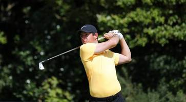 Rory McIlroy plays on in pursuit of FedEx Cup glory