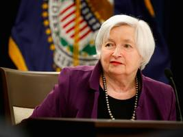 former fed official warns yellen: 'you will be remembered as having said yes to this president'