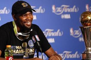 reactions to kevin durant saying he will be skipping golden state's white house visit