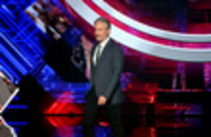 jon stewart talks trump at surprise standup set: 'everybody who is a nazi sure does seem to like him'