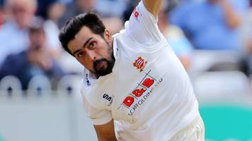Mohammad Amir: Pakistan allow bowler to return to Essex to face Somerset