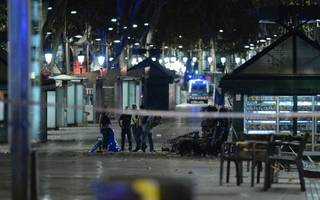 police stop second attack in town of cambrils after 13 killed in barcelona