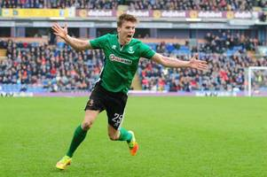 sean raggett sold to norwich city but returns to lincoln city on loan until january
