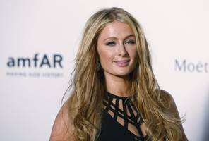 Paris Hilton apologises over Donald Trump sexual assault comments