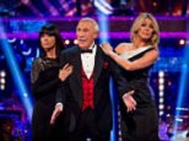 Sir Bruce Forsyth's family pay tribute to the TV star