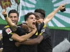 marc bartra pays tribute to barcelona attack victims