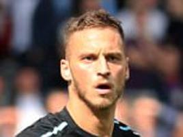 marko arnautovic apologises to west ham fans for red card