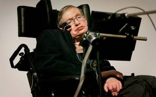Jeremy Hunt hits back at Stephen Hawking over the NHS