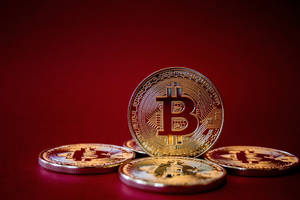 bitcoin price maintains $4,000 value as expected dip takes place
