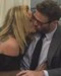 celebrity big brother: sarah and chad's steamy toilet kiss triggers sex rumours