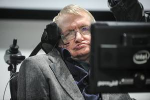 Jeremy Hunt hits back at Stephen Hawking after scientist's criticism of NHS
