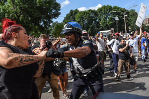 Boston: 40,000 Turn Out to Protest Free Speech Rally, Police Prevent Charlottesville Chaos