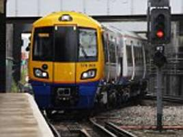 train passenger 'screamed 'i want to kill all the muslims'