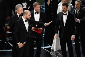 Why the Oscars' Envelope Snafu Didn't Hurt Its Chances With Emmy Voters
