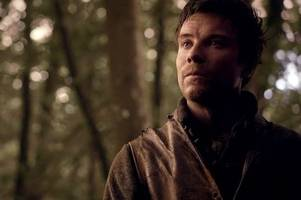game of thrones star joe dempsie gives boost to nottingham pub's charity weekend