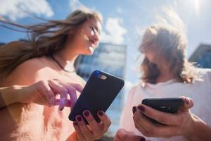 Smartphone separation anxiety becoming widespread: Study