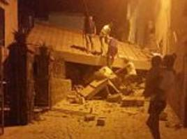 Ischia earthquake: Buildings collapse off Italian coast
