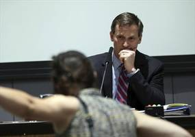 """""""Blood on your hands!"""" Chaos breaks out at Charlottesville council meeting"""